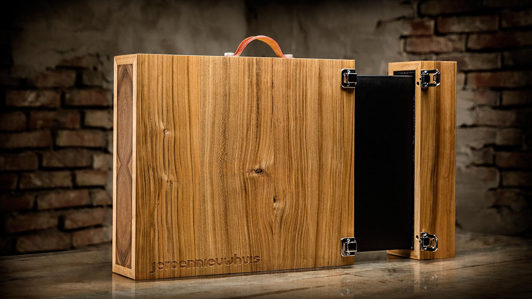 Houten-koffer-portfolio