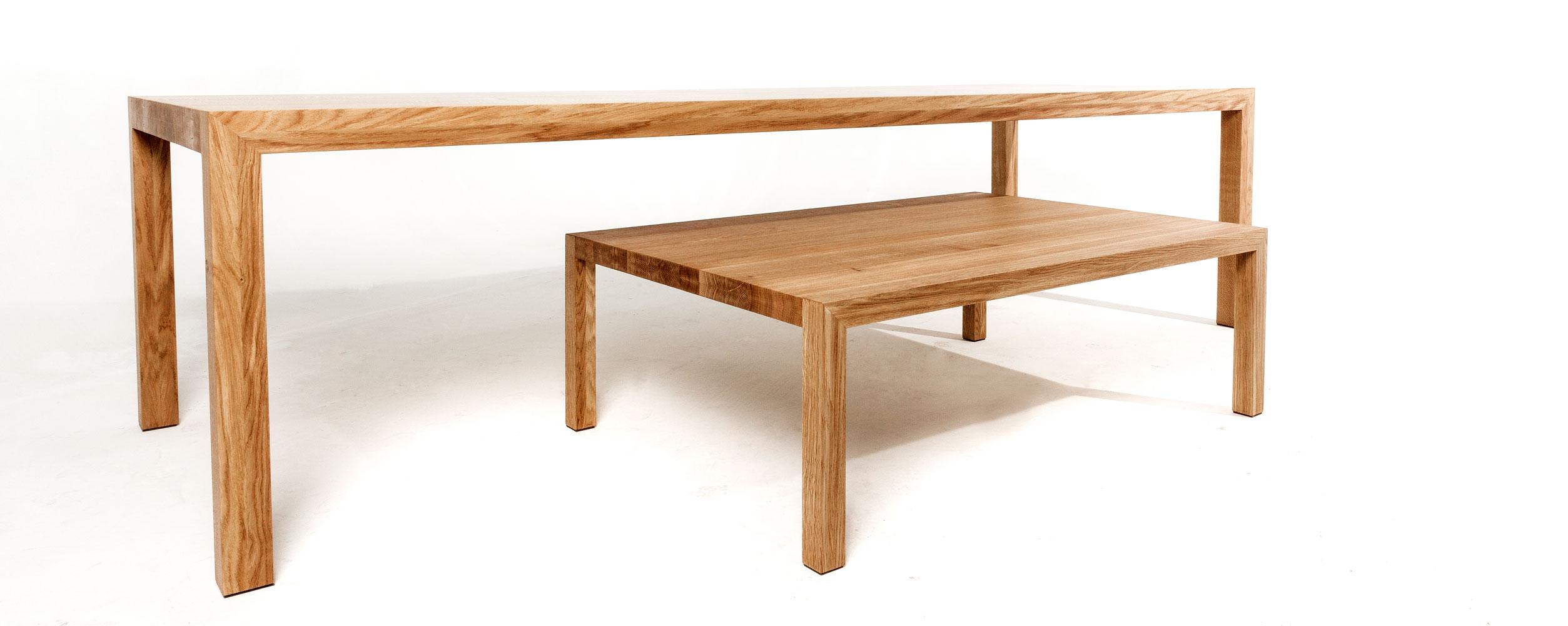 Salontafel massief eikenhout   strak vormgegeven salontafel