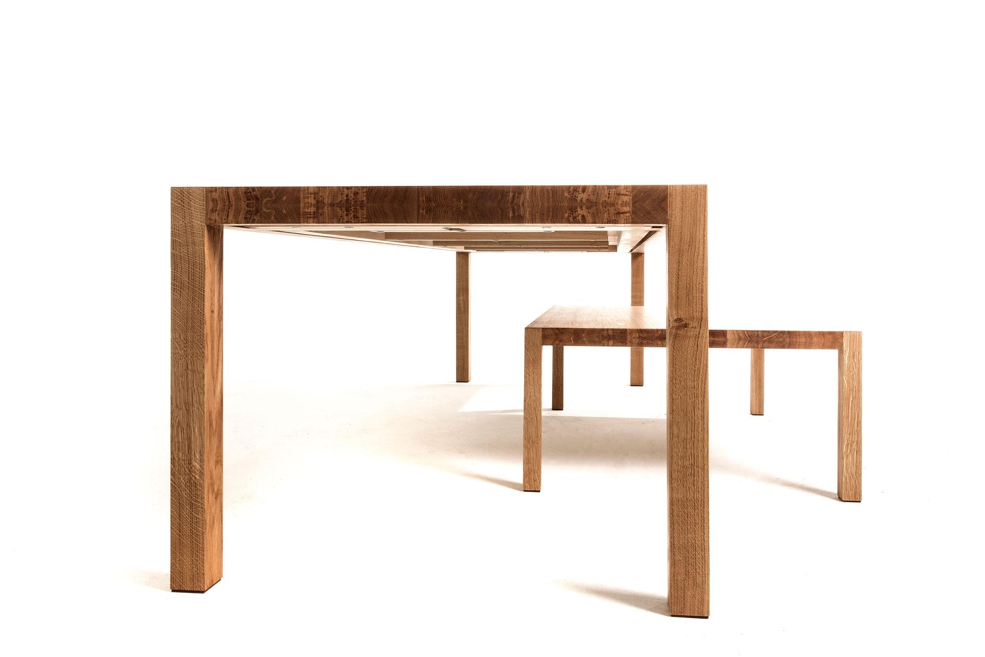 Massief eiken houten tafel strak en slank op maat gemaakt for Tafel op maat
