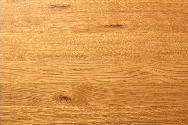 Eikenhout met noesten op maat