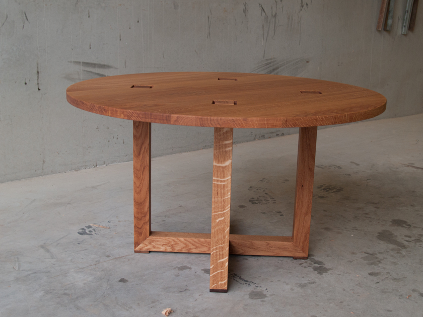 Ronde salontafel eikenhout